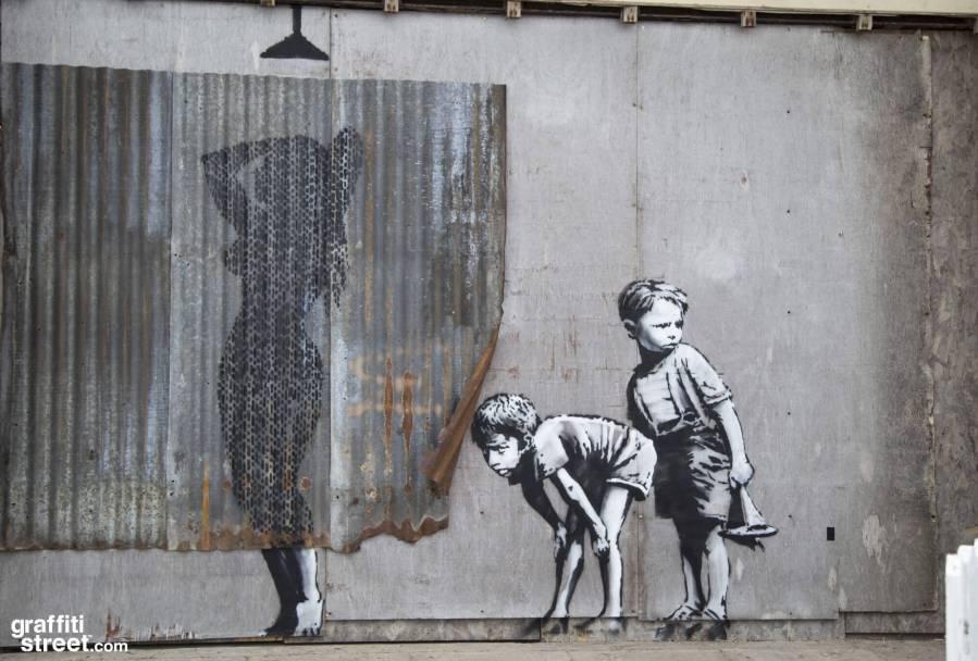 Banksy-Dismaland-GraffitiStreetdotcom-014