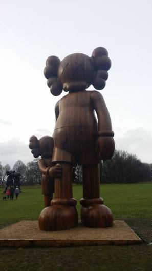 kaws-yorkshire-sculpture-park-2016-5