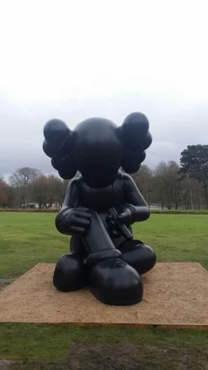 kaws-yorkshire-sculpture-park-2016-7