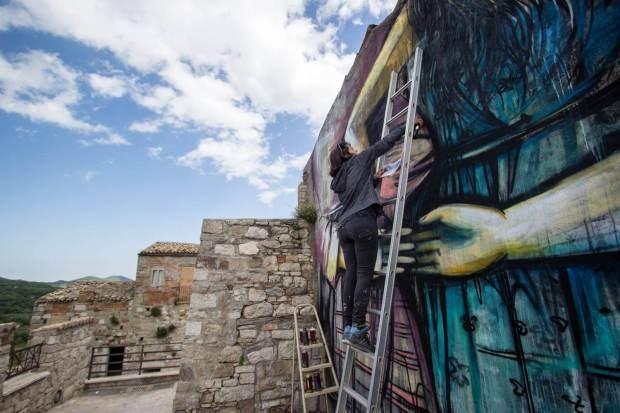 Alice Pasquini Civitacampomarano Ctvà Street Art Festival, Italy