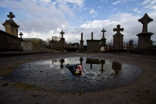 Isaac Cordal Photo © Crystal Ship