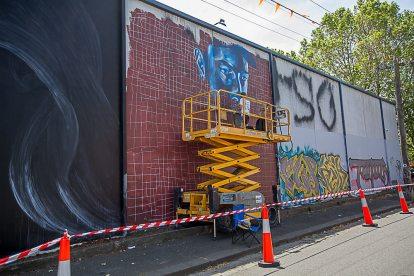 Jason Parker, Street Art Mural, Fitzroy, Melbourne, Australia 2016. Photo credit p1xels.