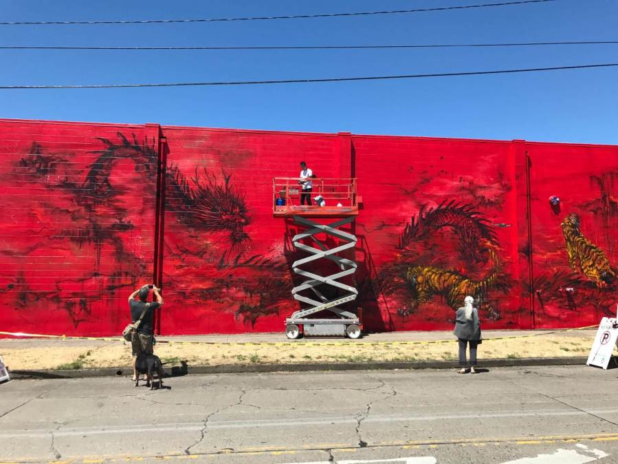 Hua Tunan, 20x21EUG Mural, Street Art Project, Eugene, Oregon 2017. Photo Credit Debbie Williamson Smith