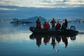 Sea Ice Excursion. Photo Credit Tré Packard