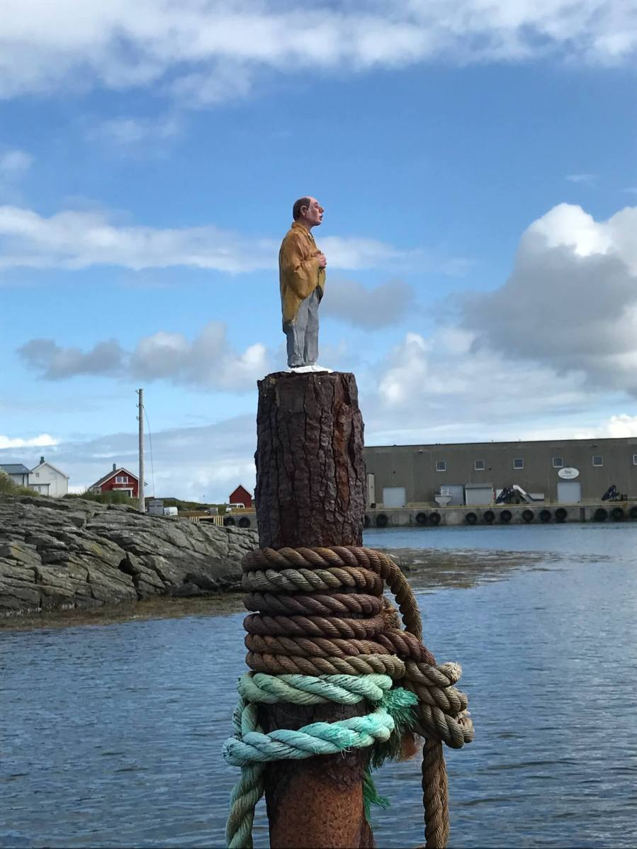 Issac Cordal, UpNorth Street Art Festival, Røst, Norway 2017. Photo Credit @Toris64