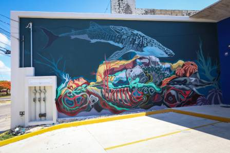 Saul Torbe, Sea Walls: Artists for Oceans Street art festival Cancun, Mexico 2017. Photo Credit Tre' Packard.