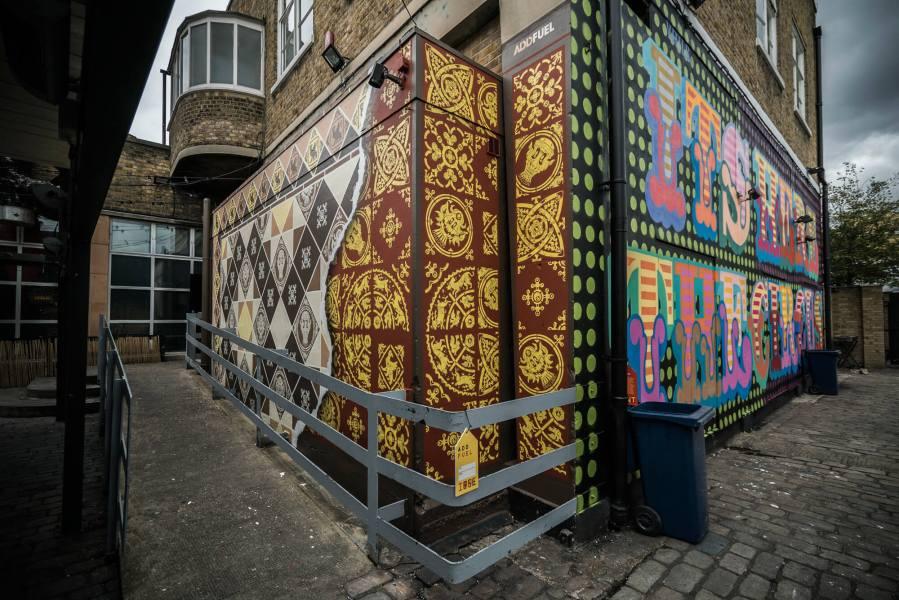 Add Fuel, Street Art Mural, Brick Lane, Shoreditch, London 2017. Photo credit Jose Pando Lucas