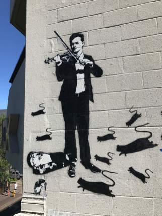 Blek le Rat, Pied Piper, 20x21EUG Mural project, Eugene 2017. Photo Credit Debbie Williamson Smith