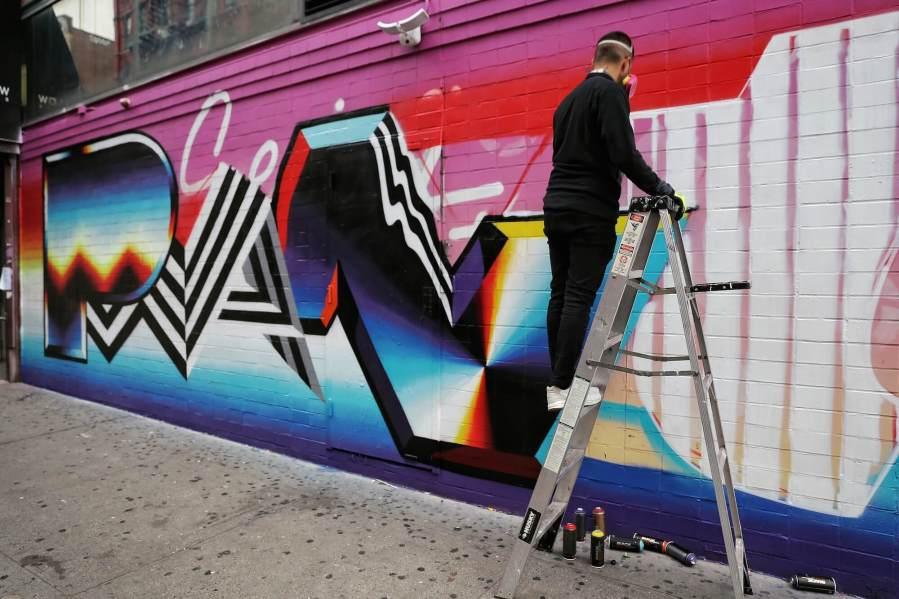 felipe-pantone-st-artnow-Ludlow-St-Delancey-New-York-street-art-just-a-spectator-5