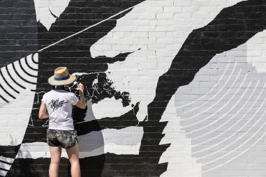 wall-to-wall-street-art-festival-australia-benalla-pc-nicole-reed-Georgia-Hill-3