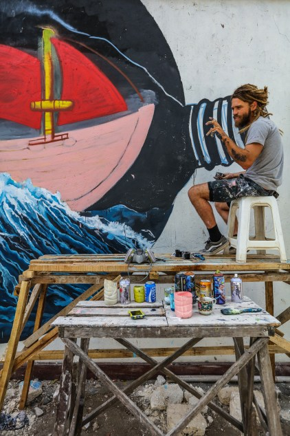 Marti-Lund-Sea-Walls-Murals-for-Oceans-Bali-2018-street-art-pangeaseed-pc-tre-packard-18