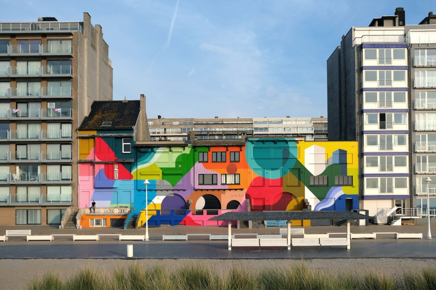 Oli-B-mural-condius-the-crystal-ship-street-art-belgium-6