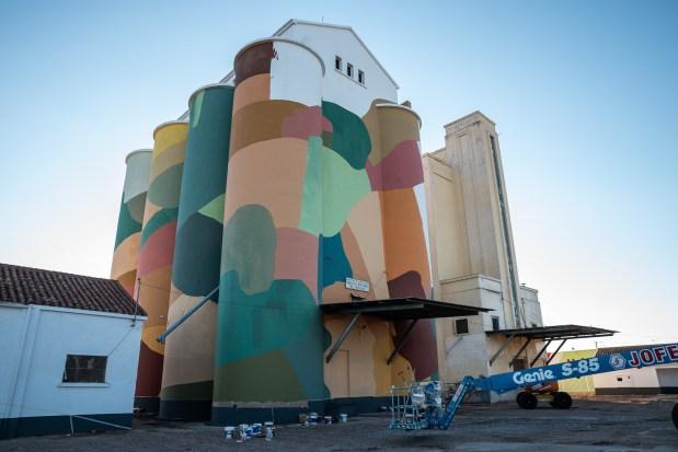 Equipo-Plástico-Titanes-social-inclusion-silo-street-art-museum-the-plain-of-La-Mancha-ciudad-real-pc-Elchino-Po-5