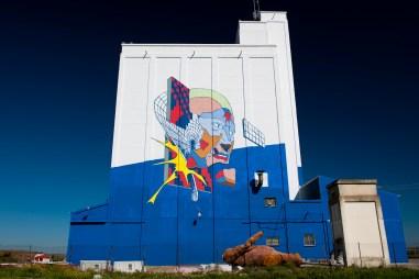 J-Demsky-Smithe-Titanes-social-inclusion-silo-street-art-museum-the-plain-of-La-Mancha-ciudad-real-pc-Elchino-Po-3