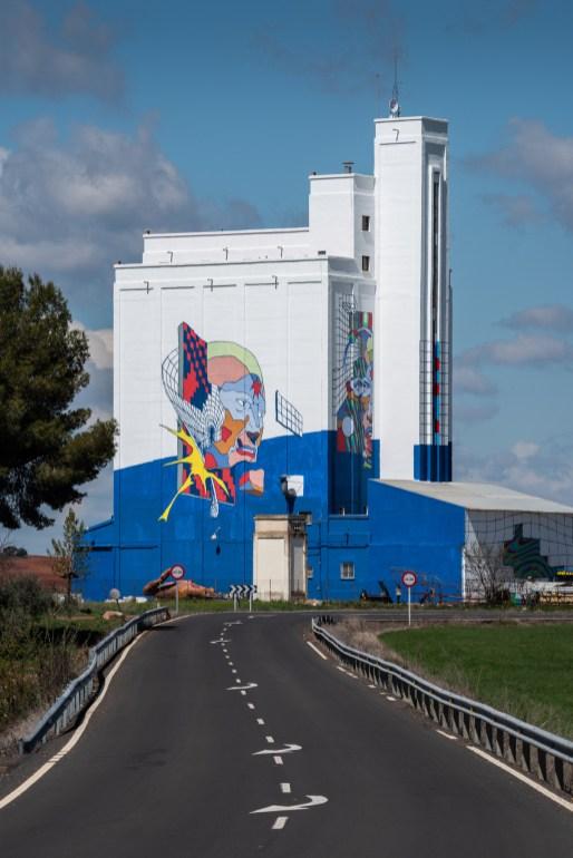 J-Demsky-Smithe-Titanes-social-inclusion-silo-street-art-museum-the-plain-of-La-Mancha-ciudad-real-pc-Elchino-Po-4
