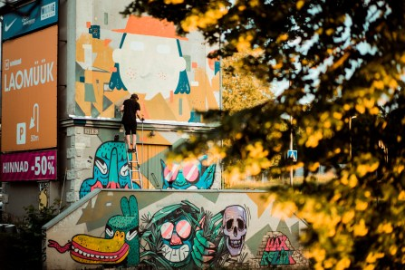 Stencibility-Festival-Street-art-TARTU-Estonia-2019-RuuduRahumaru-Zahars_Ze