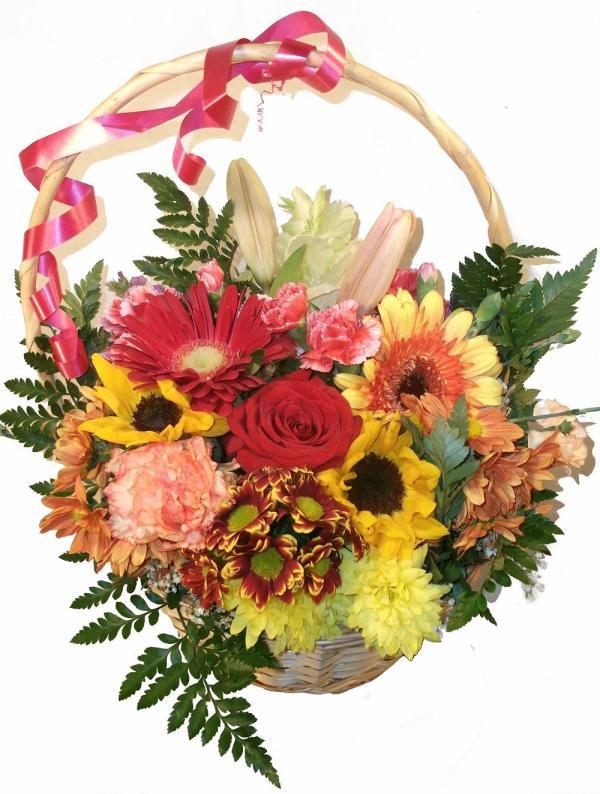 ramo de flores en cesta