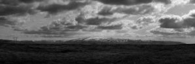 Berge, Island, Panorama, schwarz weiß, landschaft, mountains, bergkette, wolken, himmel, drama
