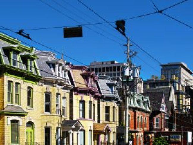 Toronto, Viktorianische Häuser, victorian houses, häuser, residential, residence, wohnungen, fotos, fotografie, objektfotografie, immobilien fotografie, grafik, design, retusche, bildbearbeitung, exposé