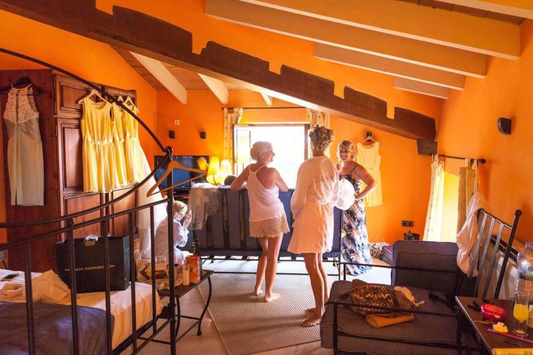 Carrie-Ann & Fraser, destination wedding, Mallorca