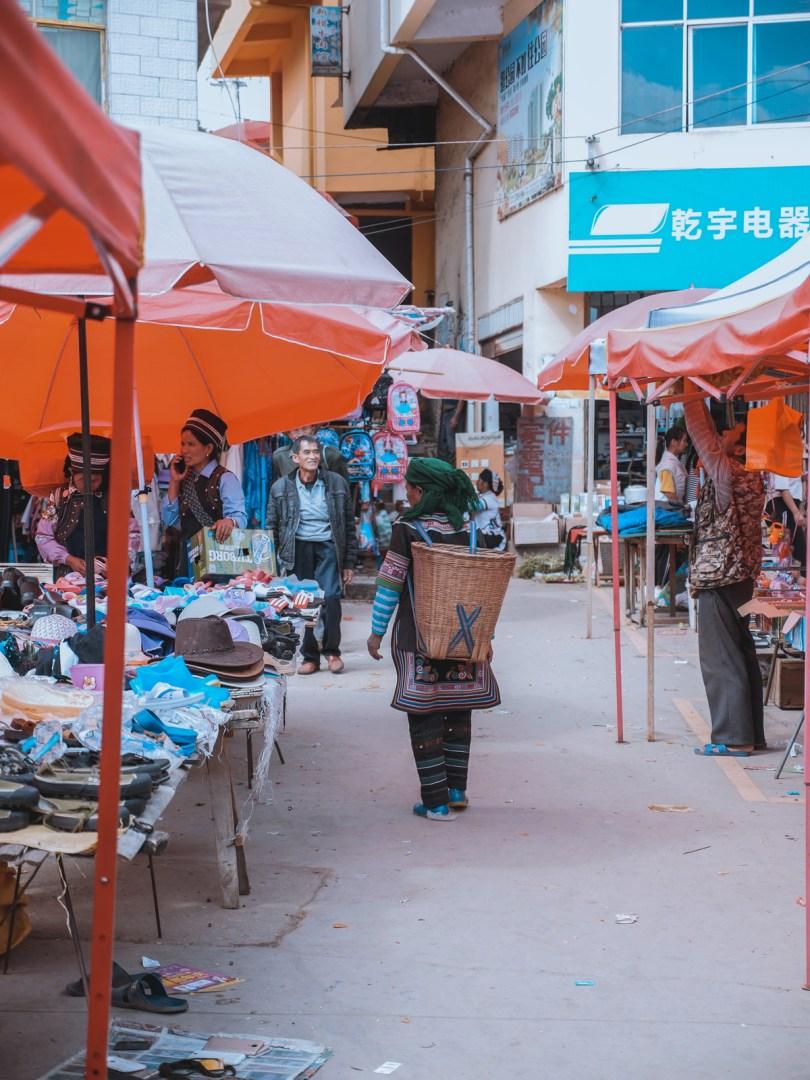 Marché de Niujaozhai Yuanyang
