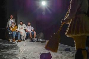 Un-grec-la-Săpânţa-sau-Alegorie-despre-moarte-la-teatru3