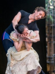 Mara Galeazzi with Gary Avis in Onegin