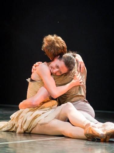 Mara Galeazzi and Ed Watson rehearsing Manon