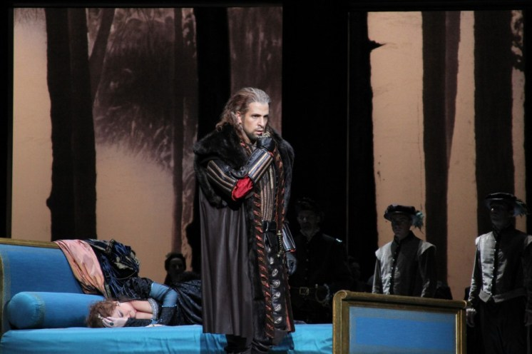 Luca Pisaroni in Anna Bolena, Japan - photo Catherine Pisaroni