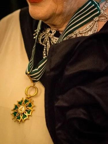 Valentina Cortese Commandeur dans l'ordre des Arts et des Lettres
