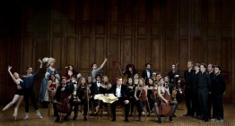 Le compositeur Attie ESTERHUIZEN avec ses collaborateurs