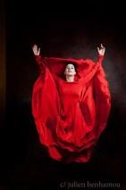 Marie-Agnès Gillot, danseuse Etoile à l'Opéra de Paris red dress