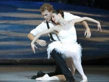 Adam Bull in Graeme Murphy's Swan Lake with Amber Scott as Odette - photo Jeff Busby
