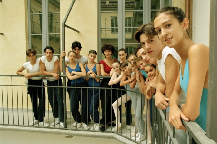 Anna Maria Prina and students of the La Scala Ballet School in 1996 including Antonino Sutera on the left and Francesca Podini on the right