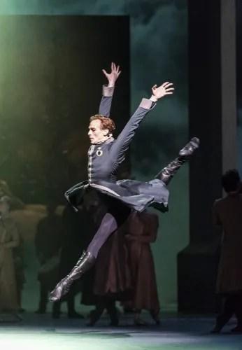 Edward Watson as Leontes in The Winter's Tale