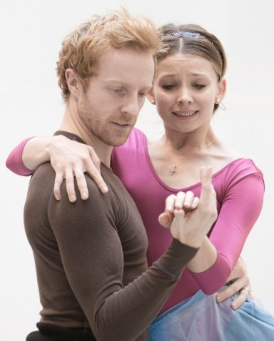 Steven McRae and Evgenia Obraztsova rehearsing Romeo and Juliet