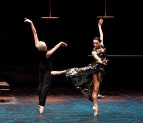 Bernice Coppieters and Diana Vishneva in Jean-Christophe Maillot's Switch - photo Gene Schiavone