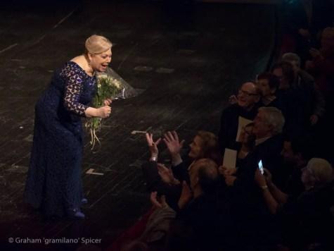 Mirella Freni greets her fans