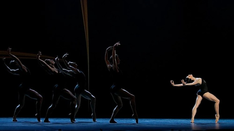 Natalia Osipova in Zeitgeist with Edward Watson, Marcelino Sambé, Tomas Mock and Donald Thom - photo by Dasa Wharton