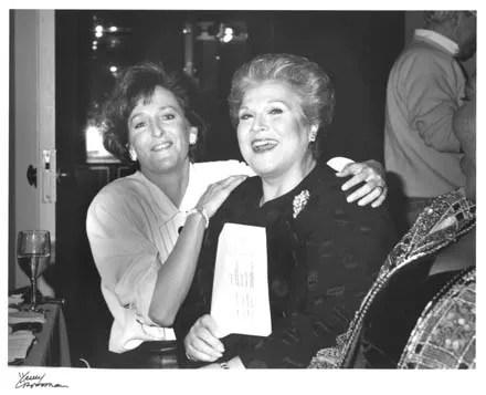 Flicka with fellow American mezzo, Marilyn Horne - Henry Grossman Photography