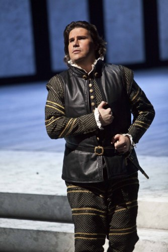 Massimo Cavalletti as Posa in Don Carlo at La Scala, 2013 - photo Brescia and Amisano, Teatro alla Scala