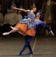 Vittoria Valerio and Angelo Greco in The Sleeping Beauty - photo by Brescia and Amisano, Teatro alla Scala 2015