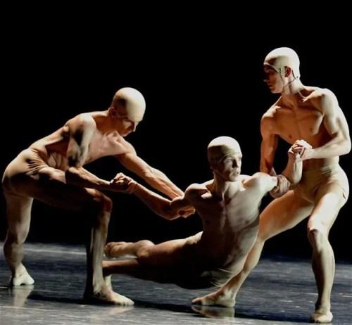 EDEN EDEN choreography by Wayne McGregor with Marijn Rademaker - photo Stuttgarter Ballet