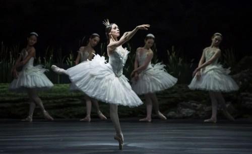 Viktorina Kapitonova in Ratmansky's reconstruction of Swan Lake - photo by Carlos Quezada, Zurich Ballet