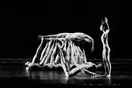 Le sacre du printemps Glen Tetley ..photo by Lelli and Masotti, Teatro alla Scala