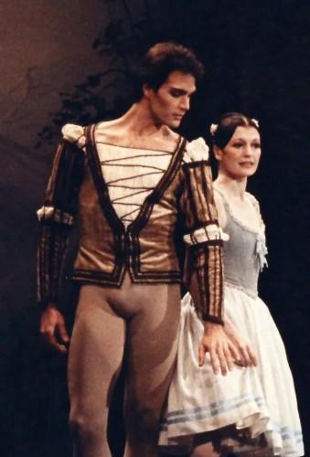 Paul Chalmer with Carla Fracci in Giselle - Arena di Verona