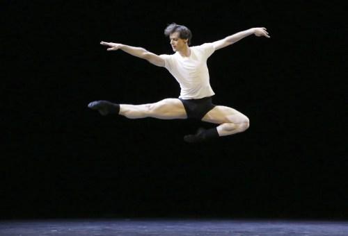 Ballet 101 - Vladimir Sklyarov