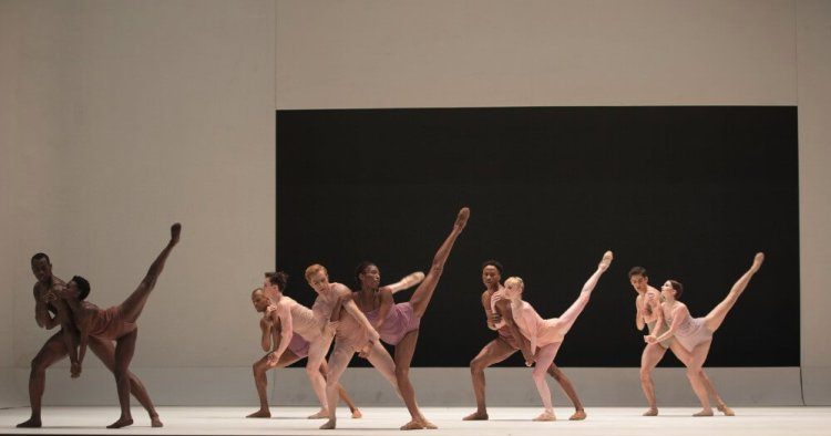 Chroma by Wayne McGregor with Artists of The Royal Ballet and Dancers from Alvin Ailey American Dance Theater © ROH, 2016, photographed by Andrej Uspenski