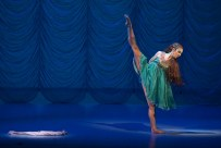 Alina Nanu (Little Mermaid) in The Little Mermaid © Dasa Wharton