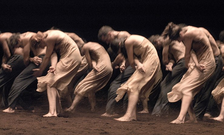 Tanztheater Wuppertal Pina Bausch performing Le Sacre du Printemps photo by Ulli Weiss © Pina Bausch Foundation